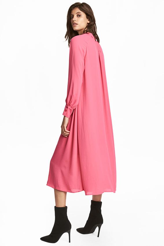 Una sola prenda para un \'look\' de 10: Así son los vestidos rebajados ...