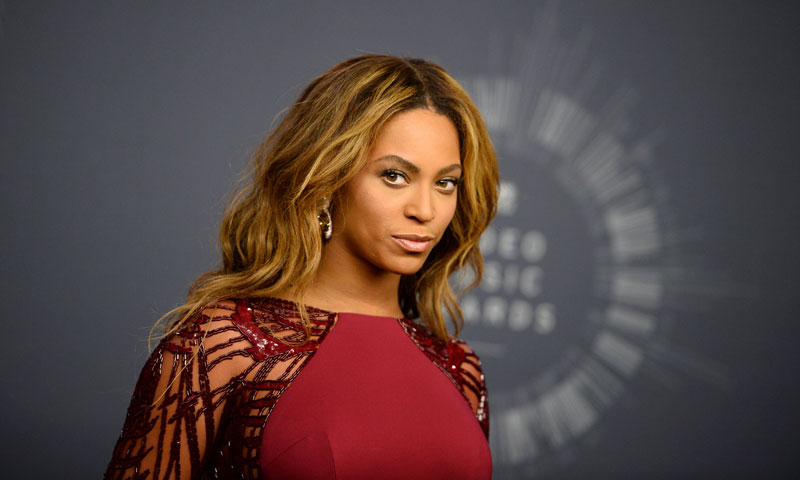 El último 'look' de Beyoncé y Blue Ivy ha paralizado la red