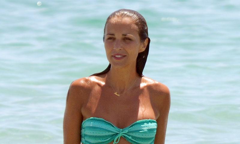 Paula Echevarría dice adiós a sus míticos bikinis este verano