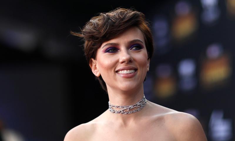 ¿Por qué Scarlett Johansson decidió vestir de Marchesa en la Gala MET?