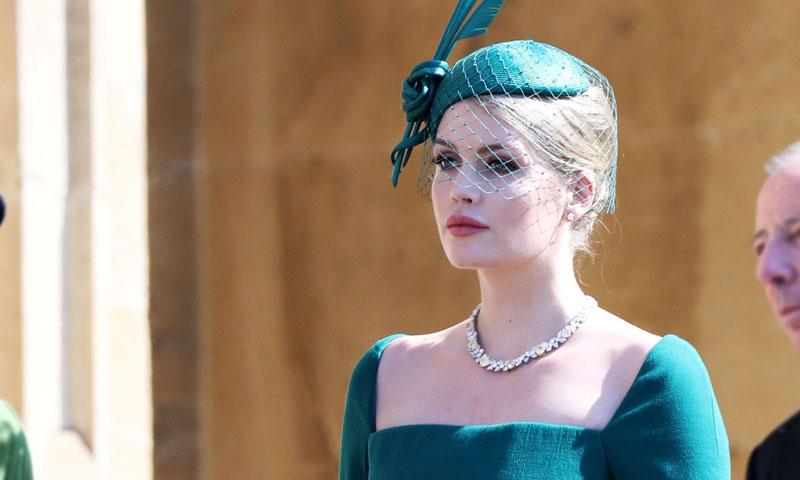 Lady Kitty Spencer, de triunfar en la boda de Harry y Meghan a modelo imprescindible para D&G