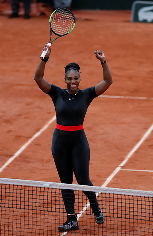 serena williams traje compresion