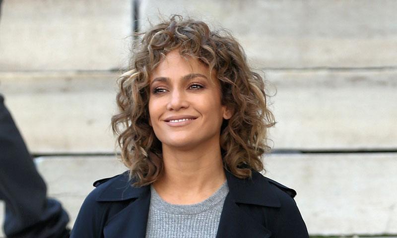Jennifer Lopez pone a la venta su vestuario de 'Shades of Blue' por una buena causa