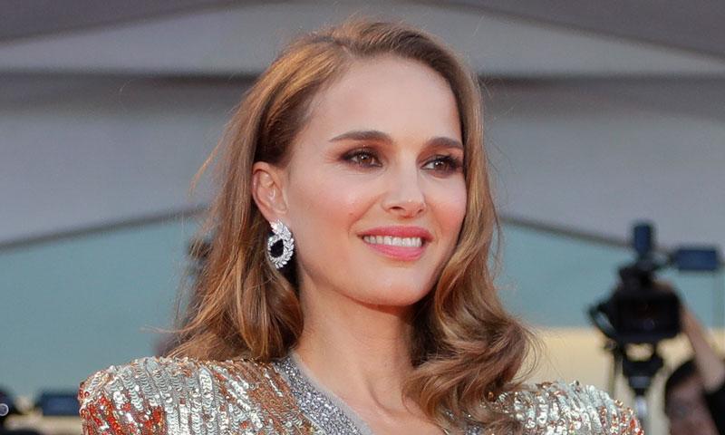 Natalie Portman triunfa en el Festival de Venecia con la tendencia de Blanca Suárez