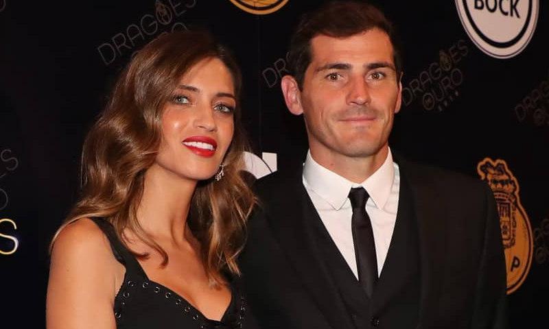 Sara Carbonero celebra el éxito de Iker Casillas con un vestido sirena