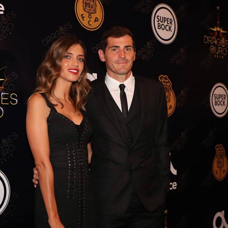 Iker Casillas CarboneroCelebra Sara Éxito Sirena Vestido Con De El Un 3L4j5ARq