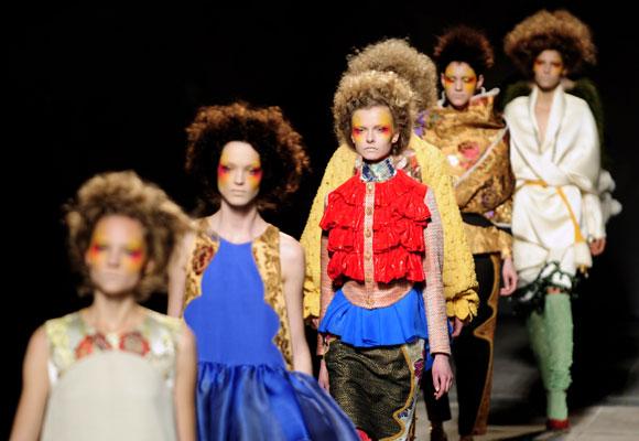 Los beatles 39 desfilar n 39 en la 080 barcelona fashion for Escuelas de moda en barcelona