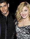 Madonna deja Louis Vuitton, pero ficha por otra firma de moda