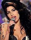 Amy Winehouse debuta como diseñadora de moda: ¿Quieres conocer sus diseños?