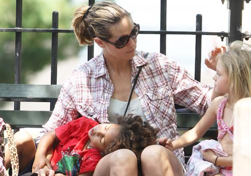 Heidi Klum, super mamá de familia numerosa, en su excursión más divertida por Nueva York