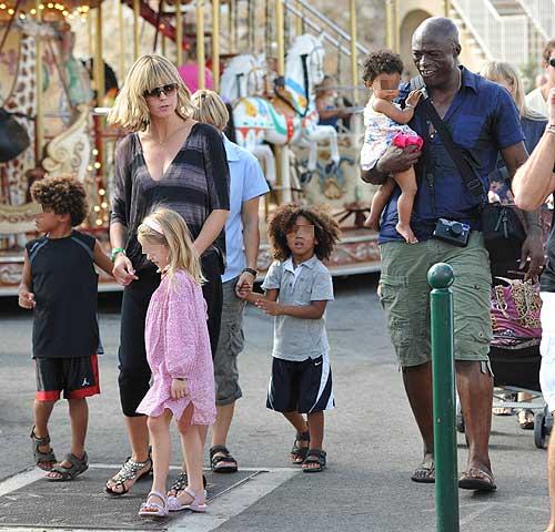 Heidi Klum, románticas y familiares vacaciones en Saint-Tropez