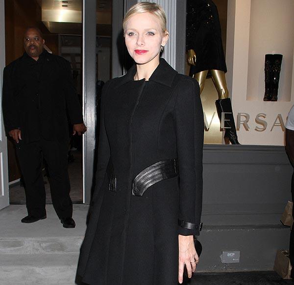 Su 'look' más atrevido: Charlene de Mónaco, de cuero negro en Nueva York