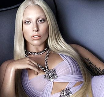 Lady Gaga, modelo para la firma Versace en la primavera-verano 2014