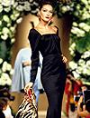'Flashback' de moda: Carla Bruni, 'reina' de la 'Haute Couture'
