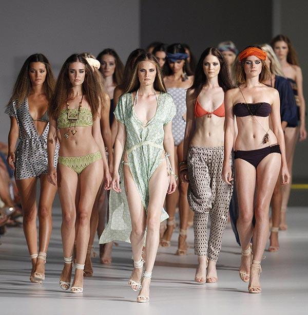 Arranca la pasarela 080 Barcelona Fashion con la moda para primavera-verano 2015