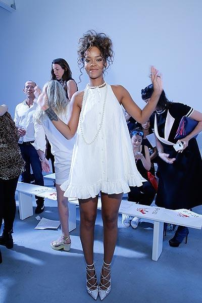 Rihanna, la estrella más camaleónica del 'front-row' neoyorquino