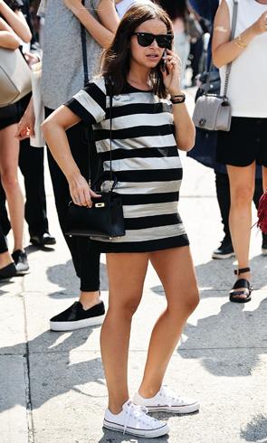 Mira Duma: el estilo premamá de una 'it girl'