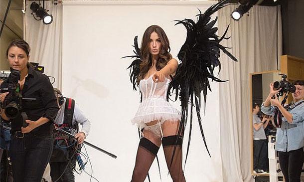 Victoria's Secret Fashion Show 2014: Te adelantamos los primeros 'looks' que se verán este año