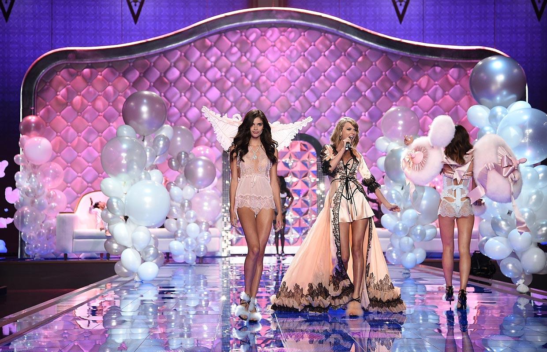 Musica De Victoria Secret Fashion Show 2014 La tercera parte del show
