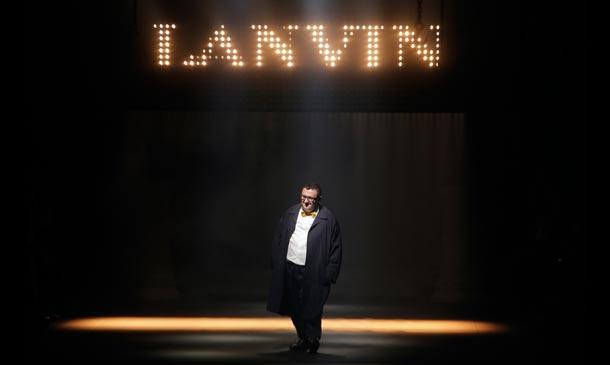 'Fashion news': Alber Elbaz deja Lanvin