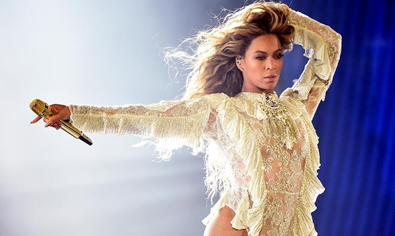 Beyoncé triunfa en los 'Oscar de la moda': de diva del 'pop' a 'icono'