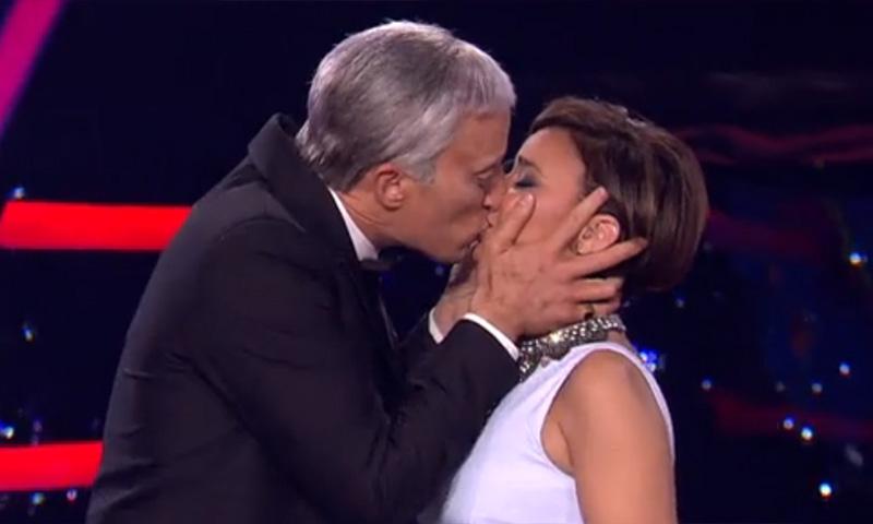 El besazo de Pablo Puyol a Chenoa que le hizo olvidar 'la cobra'