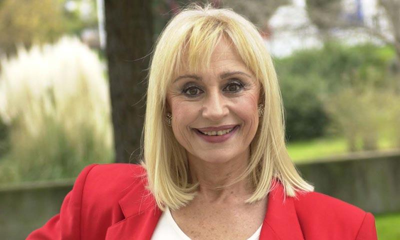 Tras 56 años de éxito, la carismática Raffaella Carrà ¡se jubila!