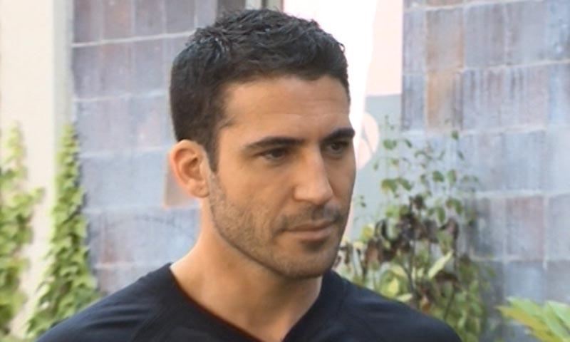 Miguel Ángel Silvestre comenta sus fotos con Georgina Rodríguez, que se pueden ver en ¡HOLA!