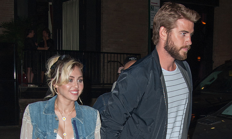 ¡Sorpresa! Miley Cyrus y Liam Hemsworth dejan sin palabras a los niños de un hospital