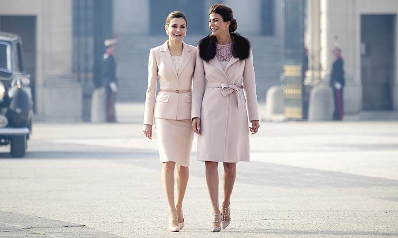La reina Letizia y Juliana Awada, juntas en Madrid: estilos opuestos o coordinación absoluta