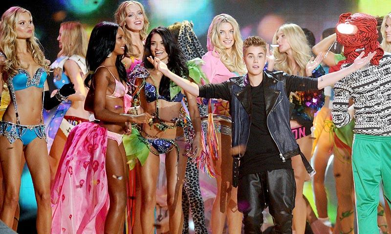 El reencuentro 5 años después de Justin Bieber con los 'ángeles' de Victoria's Secret
