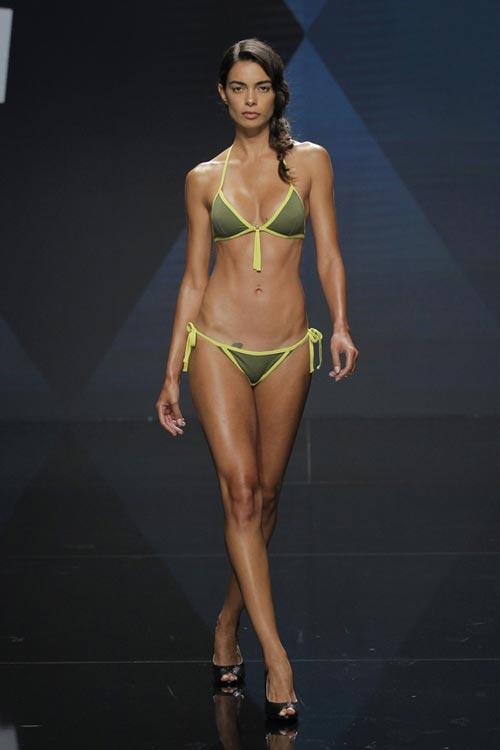 joana_sanz_bikini_1z