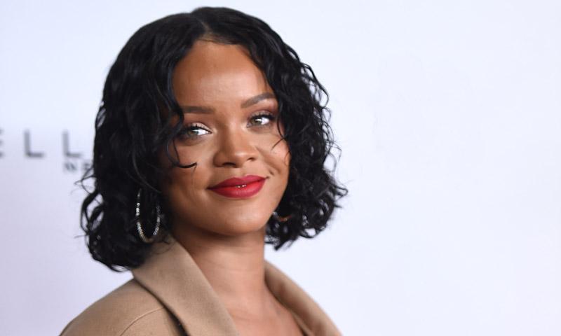 Rihanna y Manolo Blahnik, la colección más esperada en 4 sandalias de alto impacto