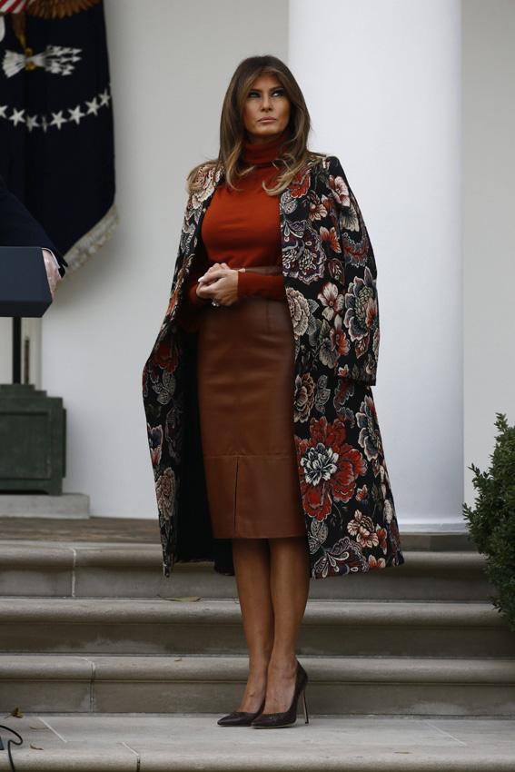 Cómo Melania Trump diseña su imagen a través de la moda ...