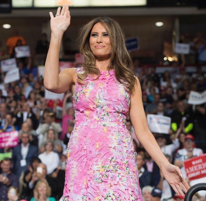 Nadie podrá comprar el último vestido de Melania Trump - Foto
