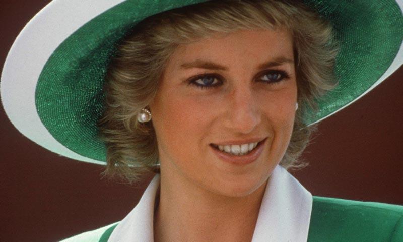 La sorprendente colección de sombreros que convirtieron a Lady Di en icono