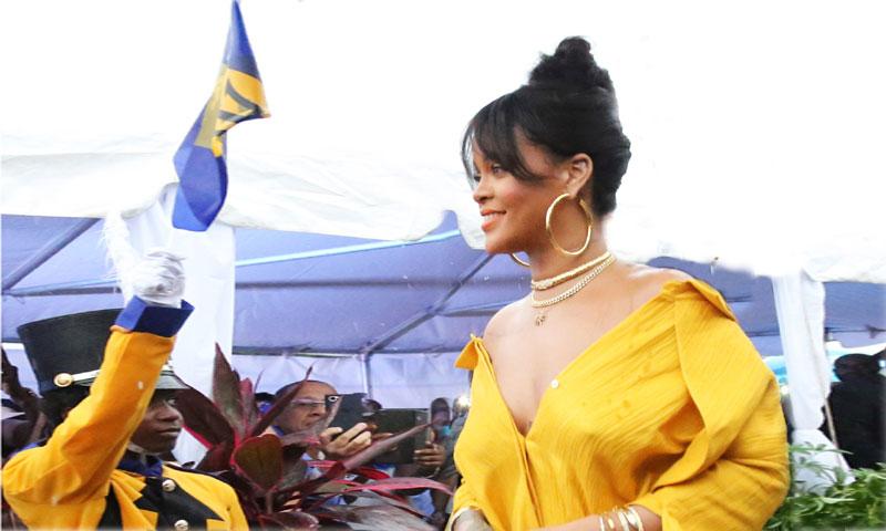 El idilio de Rihanna con el 'canary yellow'