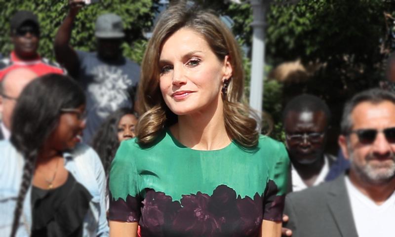 Doña Letizia recicla por tercera vez y en Senegal su vestido más internacional