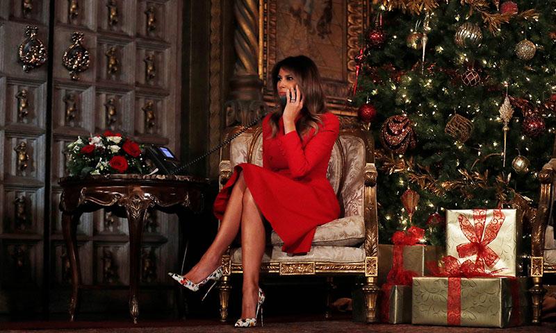 Melania Trump, una Mamá Noel con zapatos Louboutin