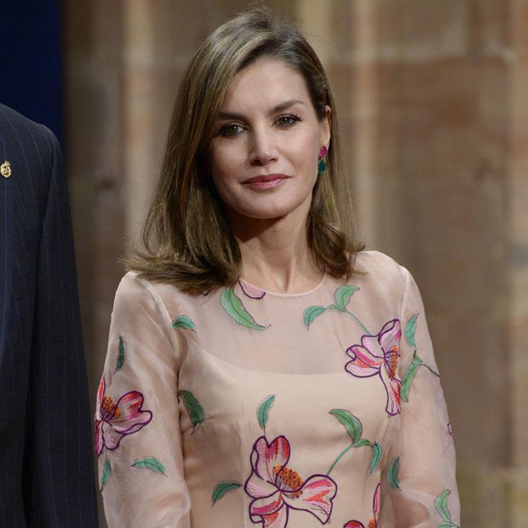 Los looks más virales y las lecciones de moda de la reina Letizia en 2017 153be307c977