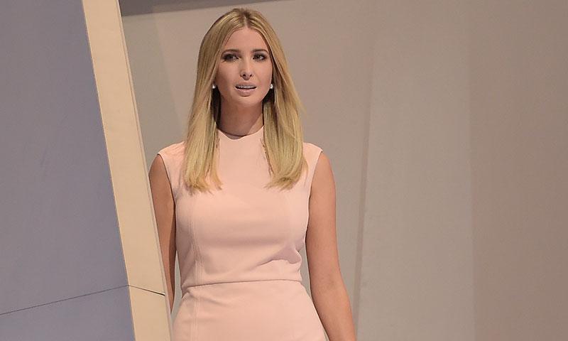 Ivanka Trump, criticada por usar La Casa Blanca para promocionar su marca