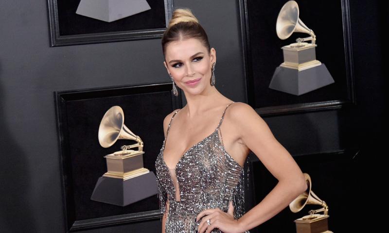El triunfo de Águeda López en los Grammy: la mujer de Luis Fonsi elige moda española