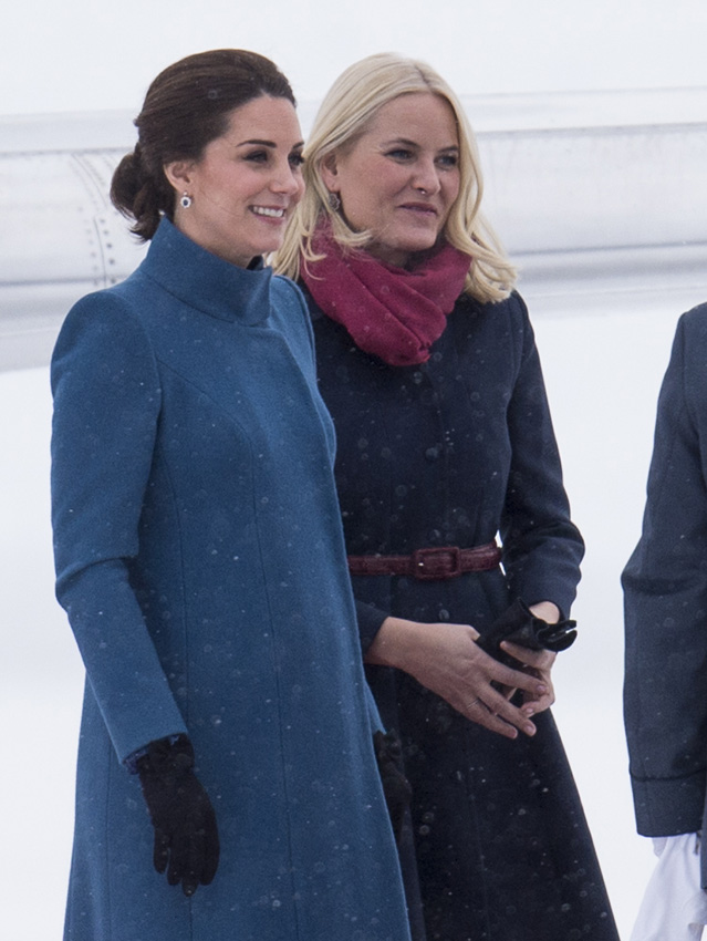 Duquesa Cambridge tour Suecia Noruega looks
