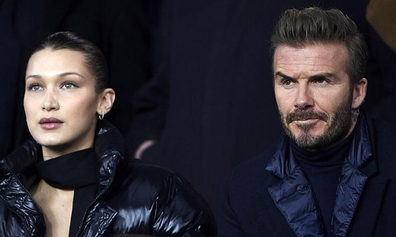 Bella Hadid versiona un look de Selena Gomez en su noche de fútbol con David Beckham