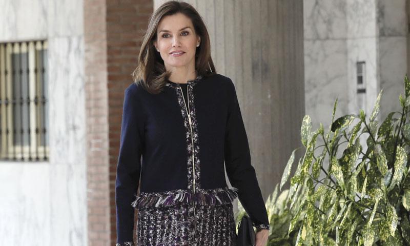 La reina Letizia y el abrigo de 'tweed' que ha tardado dos años en estrenar