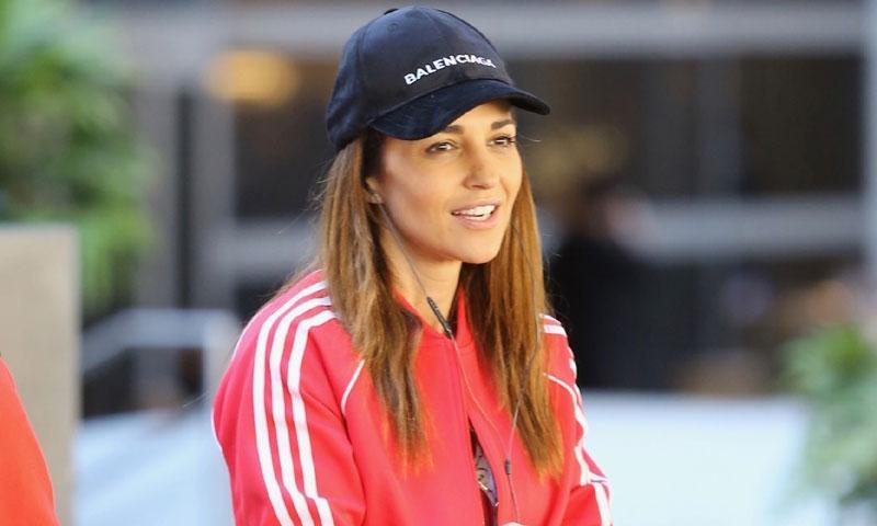 Paula Echevarría y el guiño al futbolista Miguel Torres con su último look deportivo
