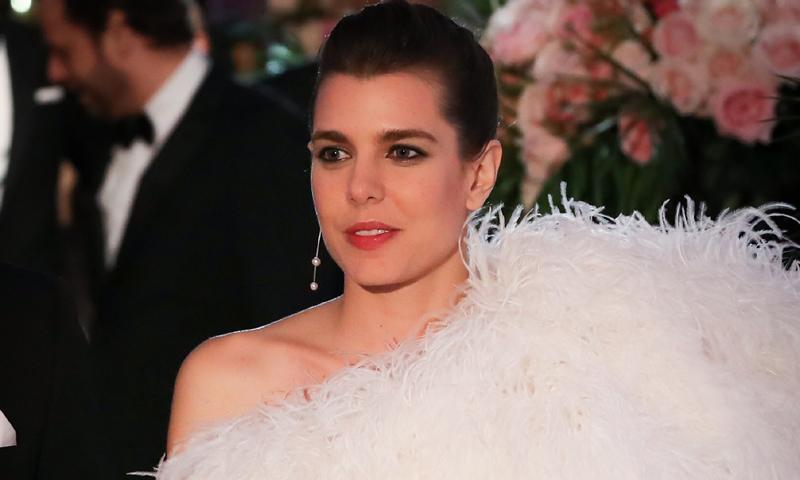 Carlota Casiraghi y su espectacular look en el Baile de la Rosa, al detalle