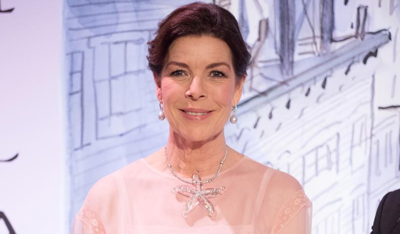 Carolina de Mónaco estrena un diseño 'Couture' y amplía su colección de vestidos icónicos