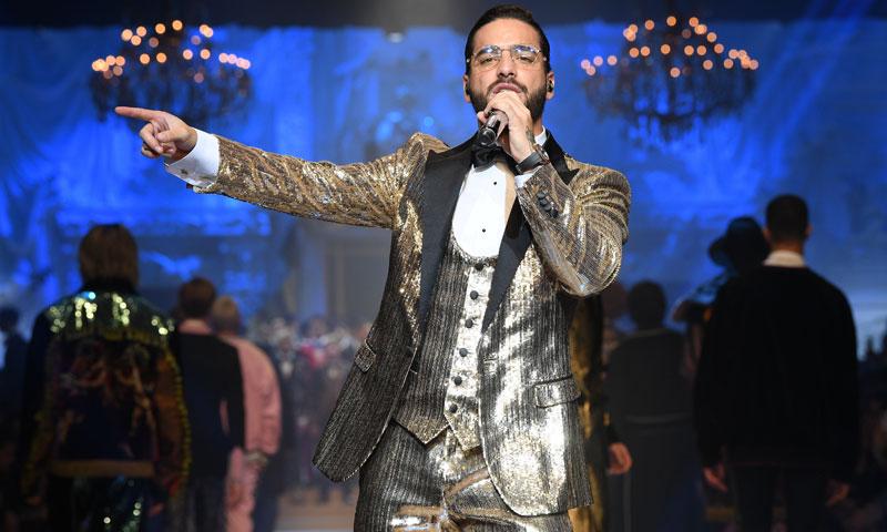 Maluma hace historia en Nueva York vestido de su firma talismán: Dolce & Gabbana