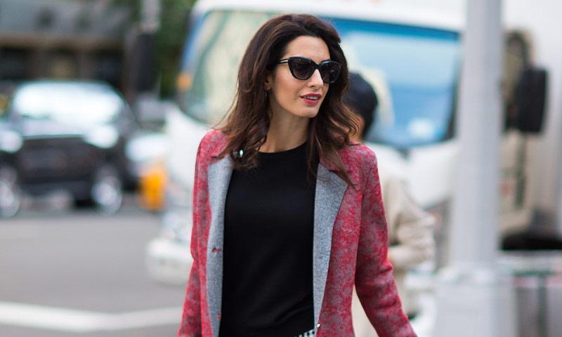 ¿De verdad Amal Clooney se ha vestido 'a lo Kardashian'?